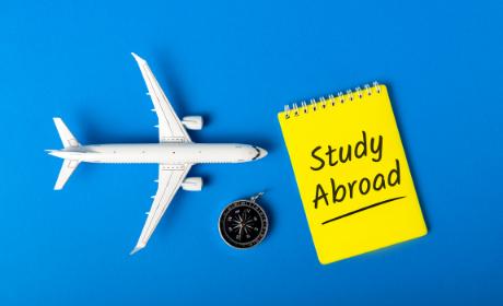 Koronaviru navzdory: 744 studentů VŠE vyjelo v r. 2020 do zahraničí